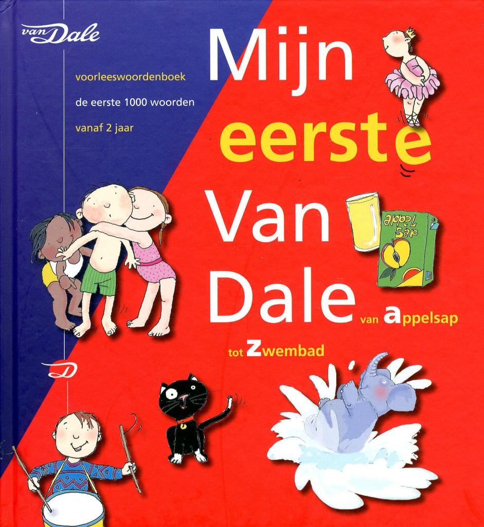 In Amsterdam kregen kinderen de afgelopen jaren een exemplaar van 'Mijn eerste Van Dale' om een taalachterstand te voorkomen.