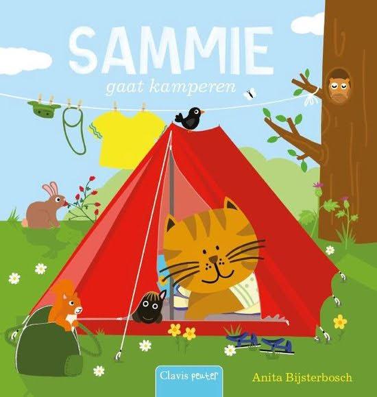 Boekomslag van 'Sammie gaat kamperen' van auteur Anita Bijsterbosch (Clavis Peuter). Het is onze boekentip voor je peuter van juli/augustus 2021.